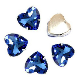 Сердце 8 мм Light Sapphire